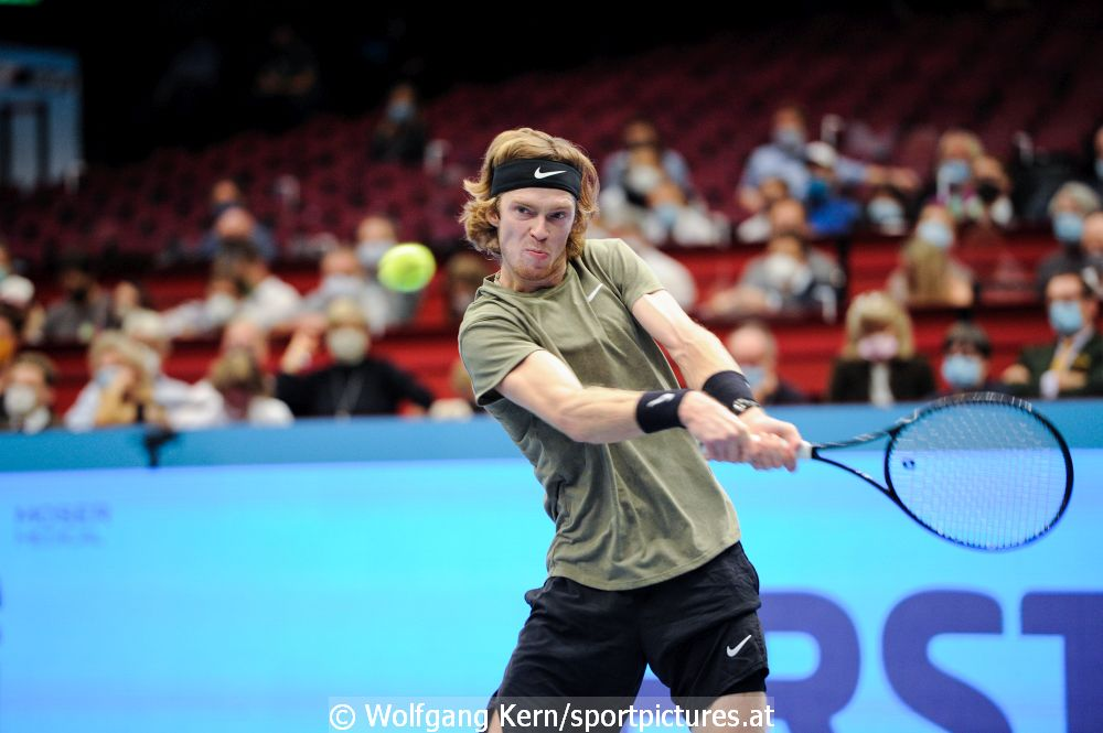 Andrey Rublev triumphiert bei den Erste Bank Open